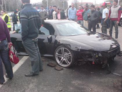 Audi R8 portugués va al Hospital (literalmente)
