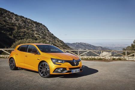 Al volante del Renault Mégane R.S: un deportivo para disfrutar, tanto en carretera como en circuito