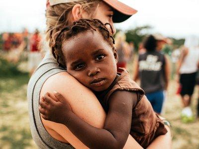 Ocho años sin medicación: una niña sudafricana con VIH en remisión dibuja el futuro del SIDA y sus tratamientos
