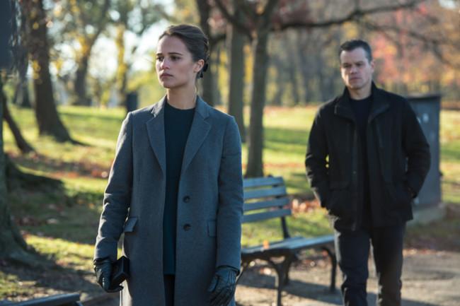 Alicia Vikander y Matt Damon en 'Jason Bourne'
