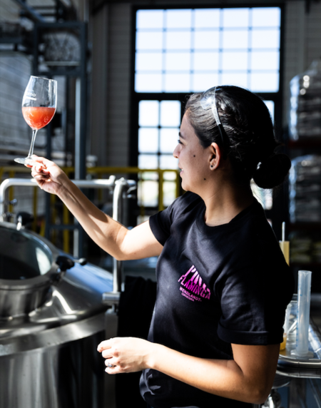 Ella es Pink Flaminga: la cerveza especial por el Día de la Mujer que pronto lanzará Wendlandt
