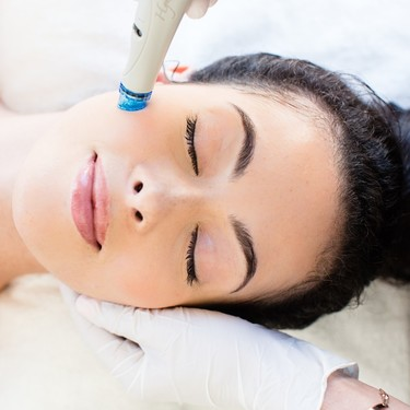 Probamos el tratamiento facial no invasivo Hydrafacial, el nº1 en EE.UU. y entre las famosas, perfecto para presumir de piel este verano