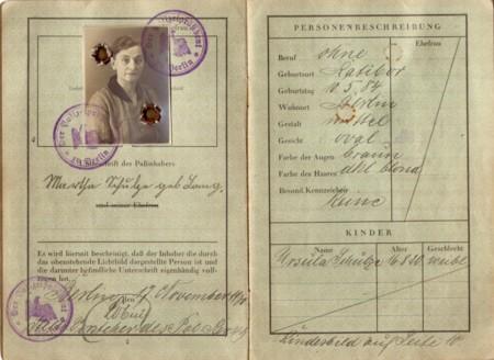 Passport 1365715 1920