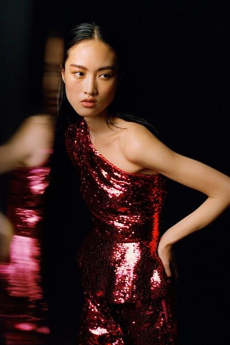 15 prendas de lentejuelas sacadas de la nueva colección de Zara que nos harán brillar con luz propia