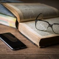 No estamos hechos para leer y hacerlo es tan antinatural que precisamente por eso hemos de luchar por conservarl la lectura