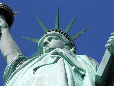 Pasaporte y Facebook. EEUU te preguntará por tus redes sociales cuando visites el país