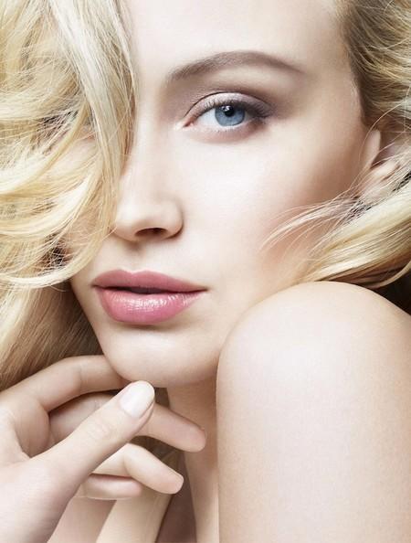 Hay nueva chica como imagen de Giorgio Armani: Sarah Gadon