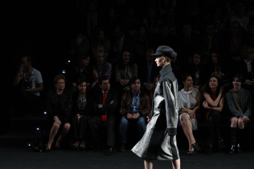 Foto de Jesús del Pozo en la Cibeles Fashion Week Otoño-Invierno 2011/2012 (14/71)