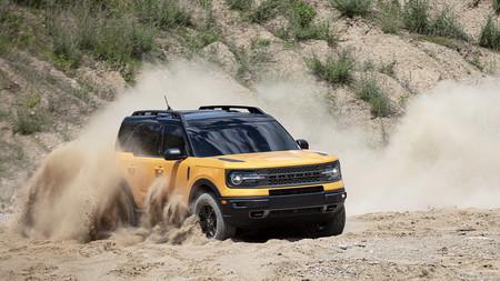 El Ford Bronco Sport es un Escape convertido en todoterreno que aprovecha la nostalgia por los SUV retro