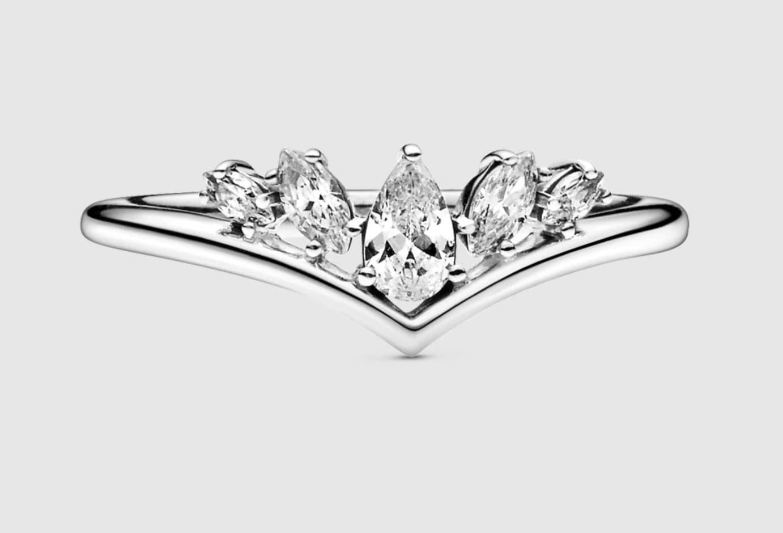 Anillo Pandora Hueso de la Suerte Brillantes en Gota de plata y circonitas