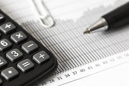 El impuesto de Sociedades tendrá una tasa mínima del 15% para las grandes empresas