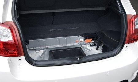 Toyota-Auris-HSD-maletero-baterias