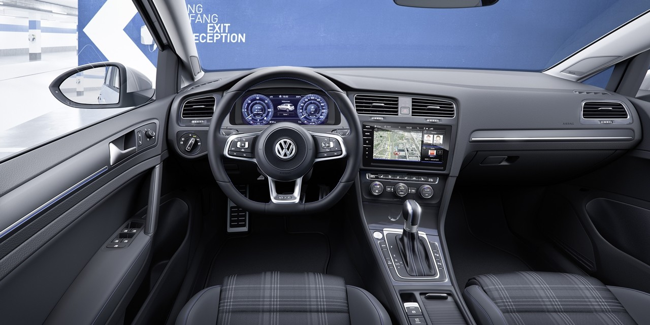 Foto de Volkswagen Golf 2017 (16/28)