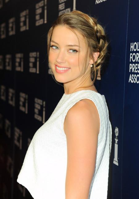 Cinco looks de Amber Heard que deberás imitar estas fiestas si quieres triunfar