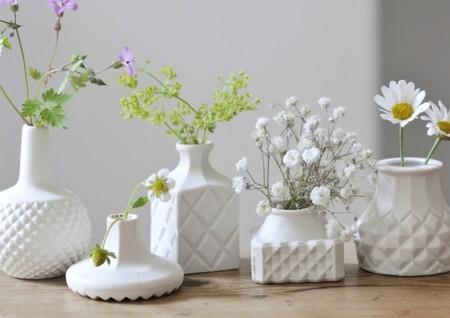 Porcelana delicada diseñada por Shan Valla