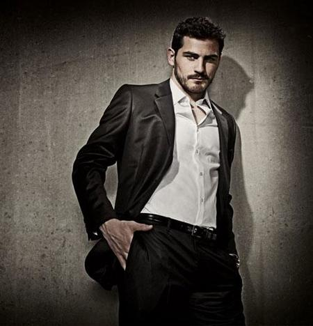 iker-casillas-fhm