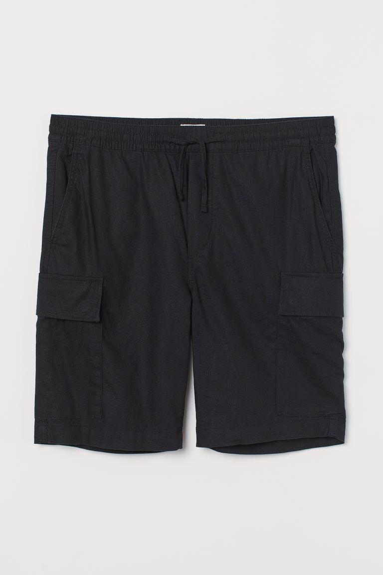 Pantalón corto tipo utility en lino