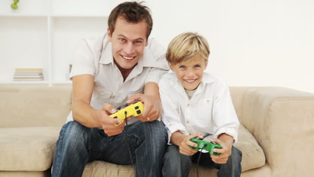 El día del padre, mejor en familia: 38 videojuegos y accesorios para consola para regalar y jugar padres e hijos