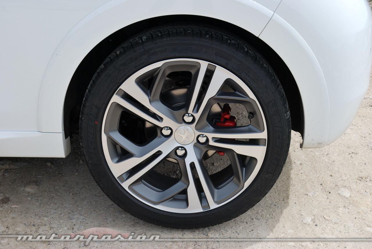 Foto de Peugeot 208 GTi (presentación) (11/42)