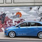 En Madrid, 7 de cada 10 encuestados ven en los coches eléctricos la solución, pero se equivocan