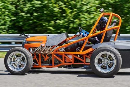 Una podadora rusa con 426 hp le quiere quitar el Récord Guinness a Honda Mean Mower V2