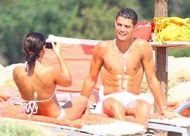 Cristiano Ronaldo sucederá a Beckham en la nueva campaña de Armani Underwear