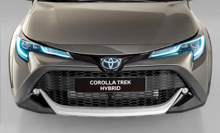 Toyota Corolla Trek 3