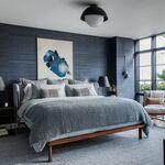 Antes y después: un dormitorio acogedor y confortable, en tonos azules y grises (...y con terraza)