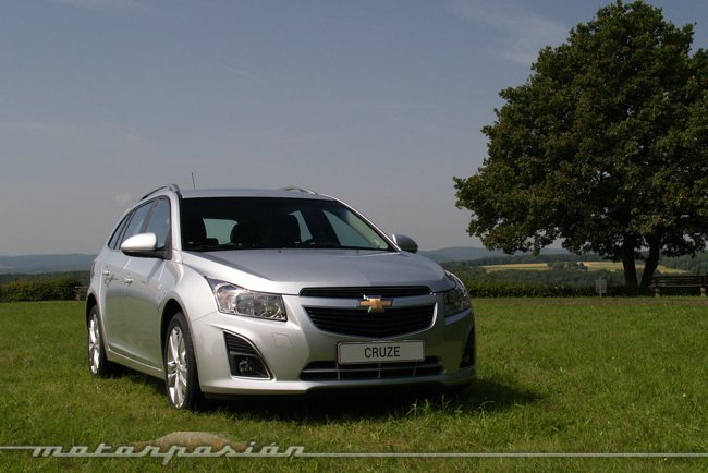 Chevrolet Cruze Station Wagon 13