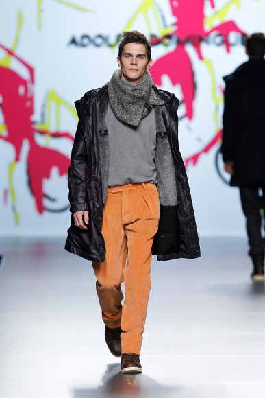 Foto de Adolfo Dominguez Otoño-Invierno 2011/2012 en la Cibeles Fashion Week (8/9)