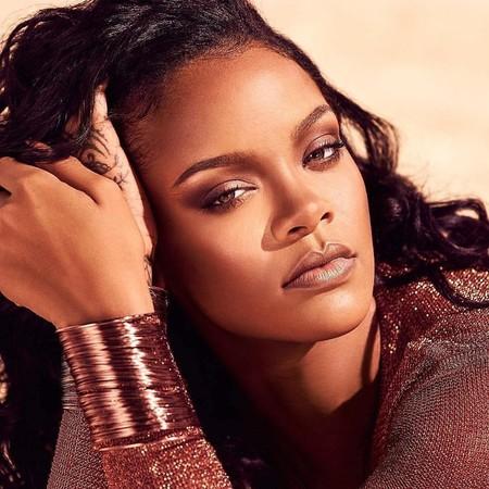 Fenty Beauty by Rihanna se renueva y lanza la segunda generación de Diamond Bomb, con versión líquida incluida, para brillar sin límites