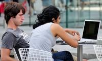 El 63% de los españoles prueba el artículo en tienda y lo compra más barato en internet