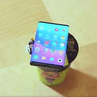 Xiaomi muestra de nuevo su dispositivo plegable en un pequeño teaser: aparece funcionando y plegándose muy fácilmente
