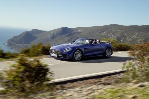 Mercedes-AMG GT R Roadster: 577 hp a techo abierto sólo para 750 afortunados en todo el mundo