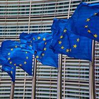 La UE acusará a Amazon de usar los datos de vendedores de terceros para competir contra ellos, según WSJ
