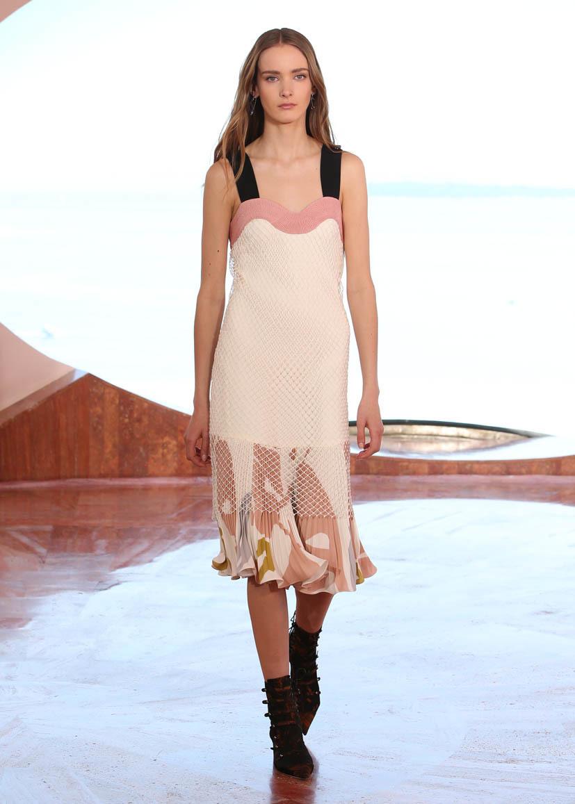 Foto de Christian Dior Colección Crucero 2016 (22/53)