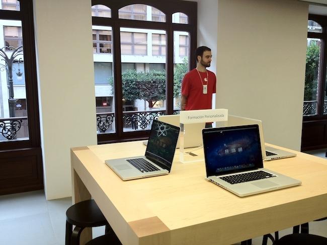 Foto de Apple Store Calle Colón (Valencia) (23/90)