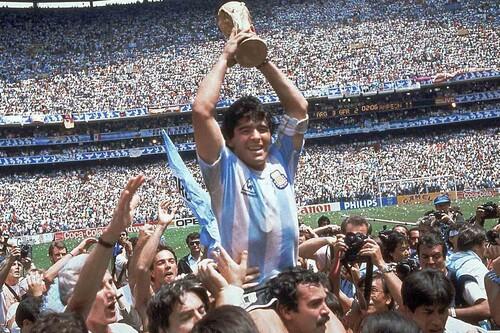 Adiós a Diego Armando Maradona: un recorrido por las películas y documentales esenciales que han buscado capturar a una leyenda del fútbol