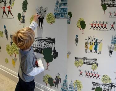 11 dormitorios de bebé decorados con papel pintado