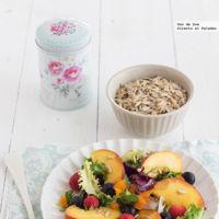 Ensalada con frutas frescas, pipas y orejones