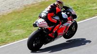 Max Biaggi de pruebas con el Pramac Ducati en Mugello