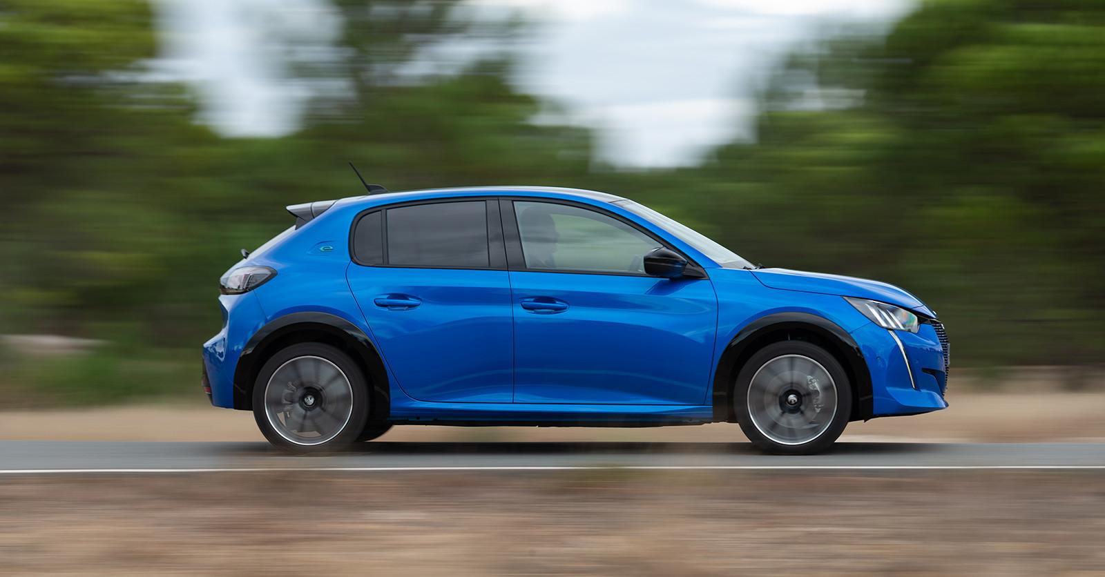 Foto de Peugeot e-208 2020 (9/24)