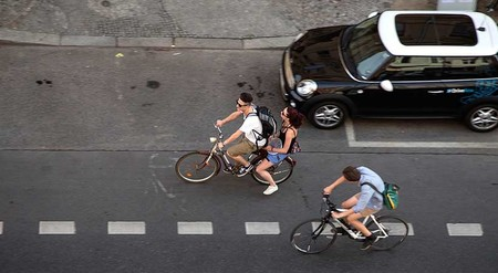 Ciclistas Y Automovilistas 1