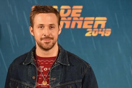 De visita por España, Ryan Gosling muestra cómo adoptar ya el otoño en su look