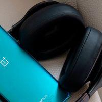 Mejora el sonido de tu móvil con Wavelet, una app que elige los mejores ajustes para tus auriculares.