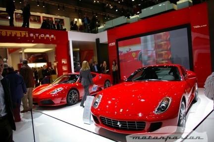 FerrarienelsalóndeGinebra