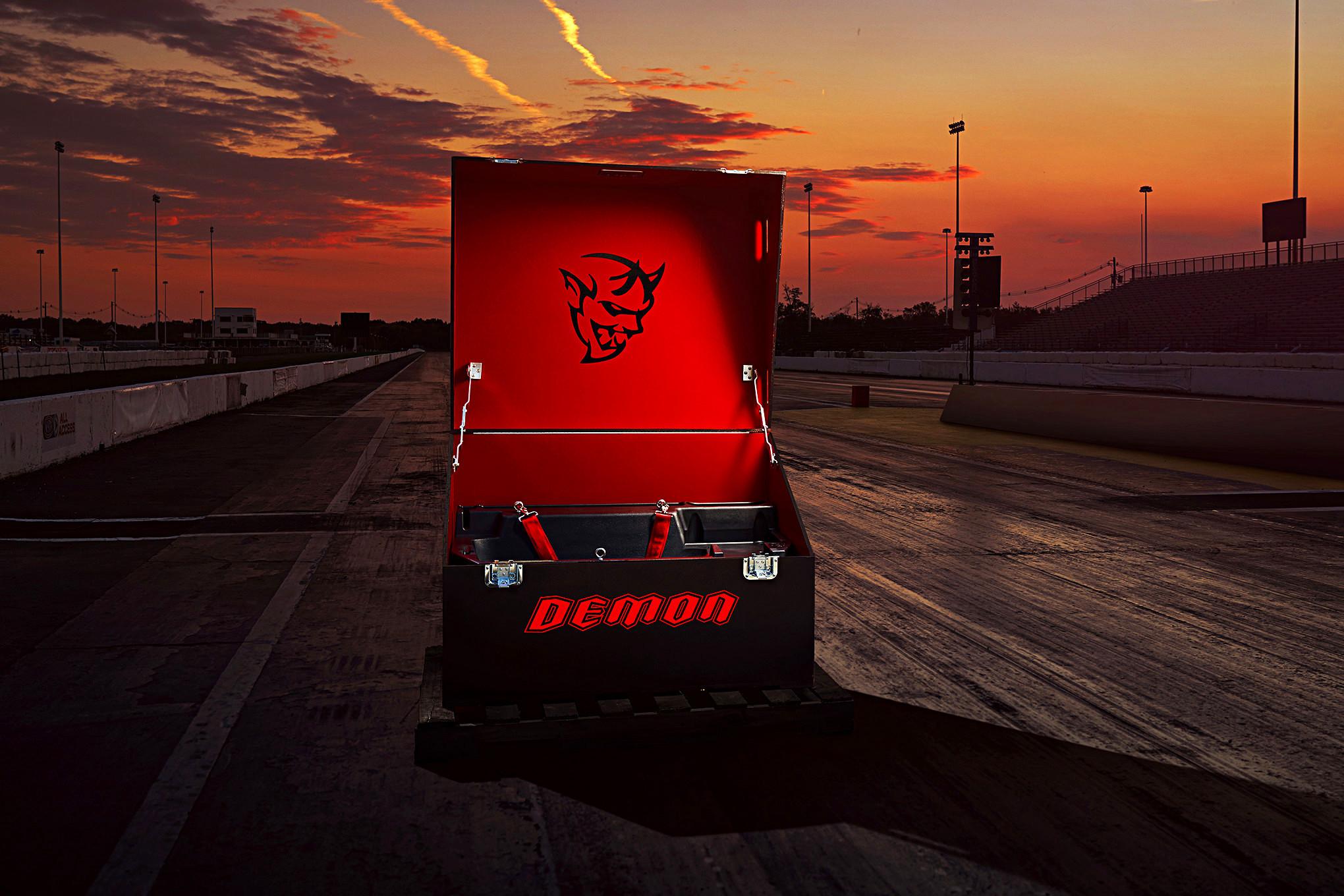 Foto de Dodge Challenger SRT Demon 2017 (22/82)