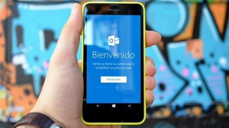 Outlook para Windows 10 Mobile se actualiza y añade un nuevo aspecto