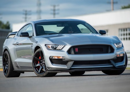 Ford Mustang Shelby Gt350r 2020 1600 02