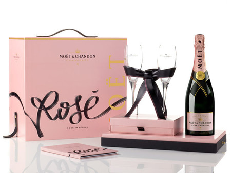 Rosé Impérial Tie For Two Möet Chandon